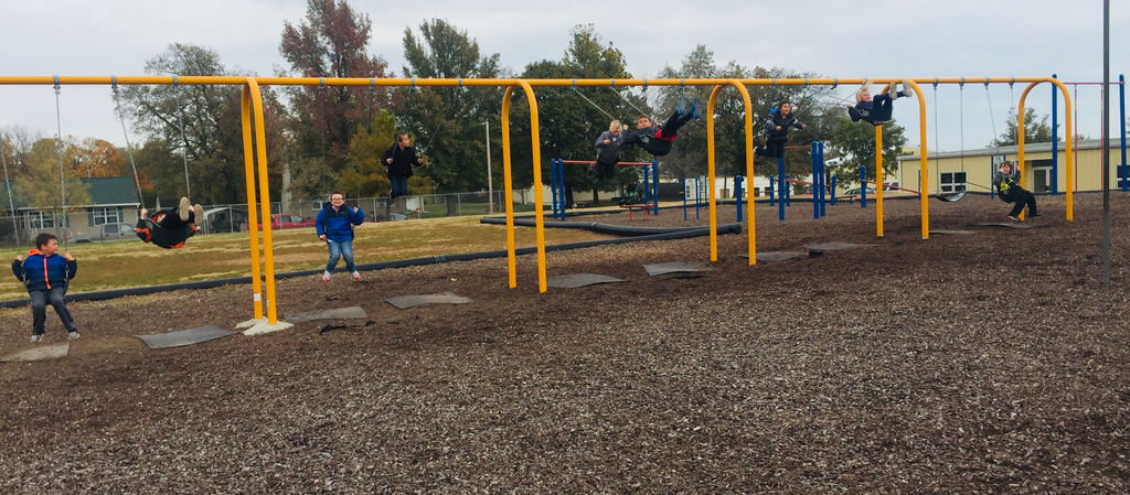 Ms. Showalter's students went outside for science and enjoyed a nice swing for a photo shoot.