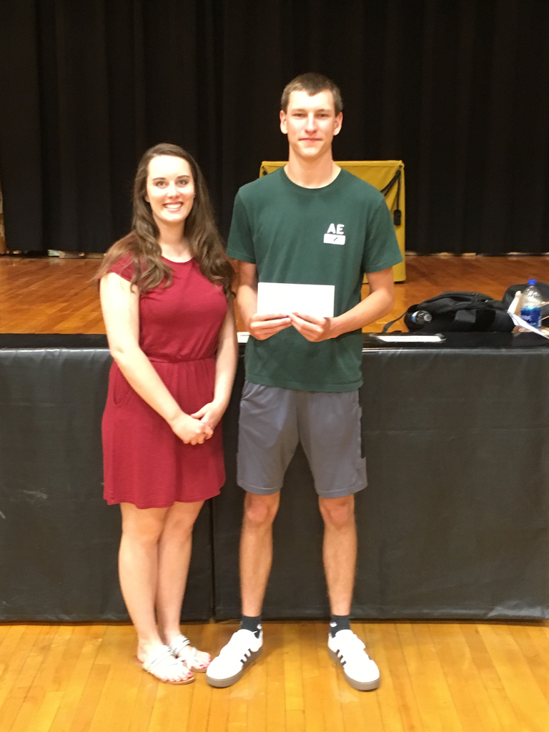Miss Hailey Olberding presented Reagan Morris with the Kneale Scholarship.