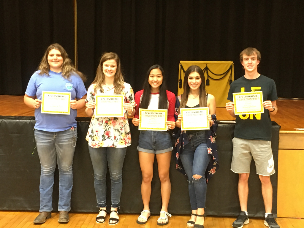 Grace Cotton, Sophia Richards, Olivia Richards, Monique Arroyo and Eric Ottman received the 275 Conference Scholar Athlete Award.