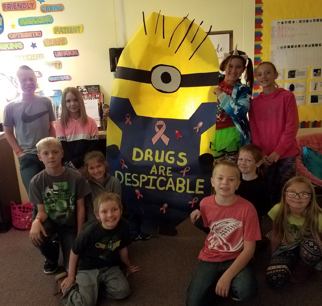 Mrs. Knapp's 4th grade celebrating Red Ribbon Week!