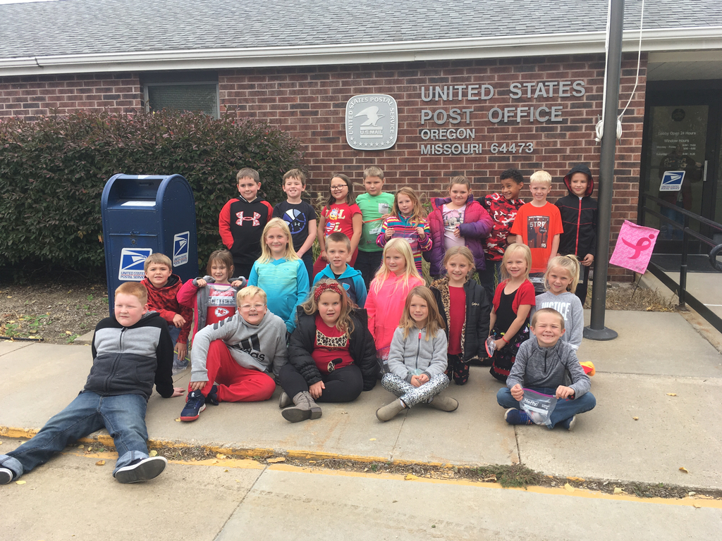 Ms. Showalter and Mrs. Nester's classes walked to the Oregon Post Office to buy stamps and mail their letters. What an experience!