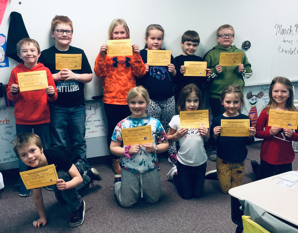 GOLDEN GRAHAMS ALL AROUND. Ms. Showalter's entire class did amazing on our weekly reading quiz.