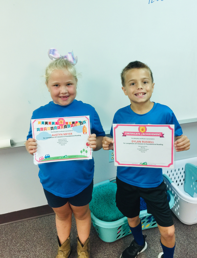 Dylan and Austyn were awarded their first certificates for Moby Max. Good job, I'm proud of you.